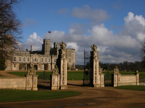 Pictures of castle ashby house for Garden rooms stagsden