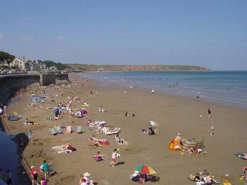 Filey Beach taken from The Royal Parade on a exceptionally hot day in summer 2001
