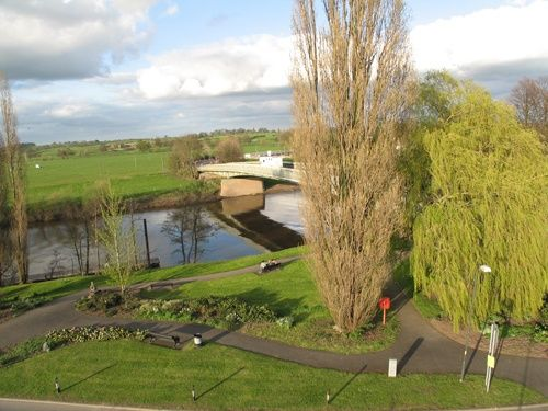 Elevated view of the river severn and bridge at Upton upon Severn, Worcestershire.