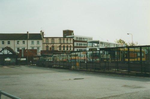 The Old Aldershot Bus Station Wallpaper Background Id 1006326
