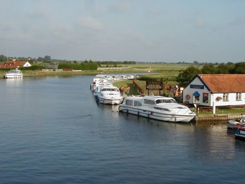 The River Bure and The Bridge Inn at Acle, in the Norfolk Broads.