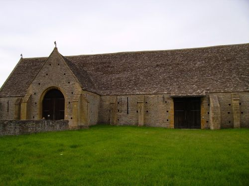 Middle Littleton Tithe Barn, Evesham