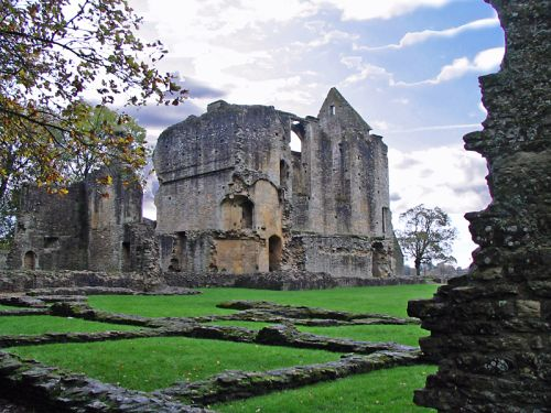 Minster Lovell Hall, Oxfordshire