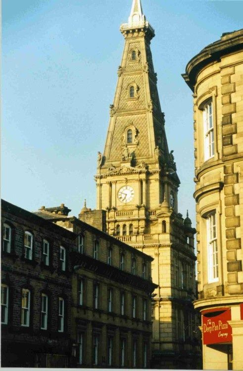 Quot Halifax Town Hall Quot By Valerie James At Picturesofengland Com