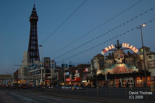 Picture of Coral Island and Blackpool Tower at Blackpool at night @ Nov 05