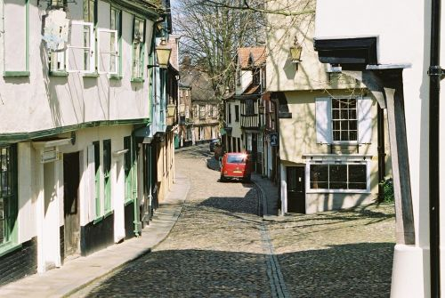Elm Hill, Norwich (April 06)