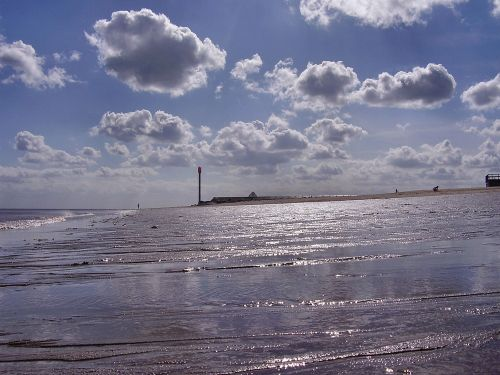 The beach at Ingoldmells looking in the direction towards skegness, Lincolnshire
