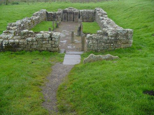 Mithraeum temple near Brocolitia roman fort Milecastle