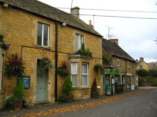 Honey coloured houses, Bourton-on-the-Water, Gloucestershire.