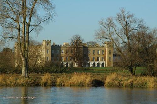 London River Thames. Syon Park and house from the towpath by Kew Gardens.