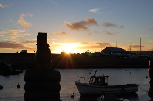 Axmouth Harbour, Devon. Winter sunset.