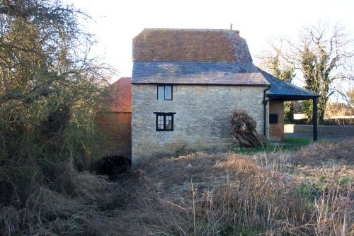 View of Charney Bassett water mill taken from the upstream side. Charney Bassett, Oxfordshire