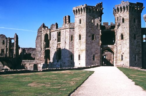 Entrance to Raglan Castle