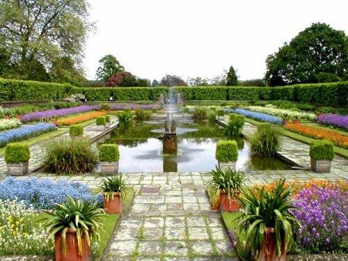 Princess Diana Memorial Garden, Kensington Palace (May 2004)