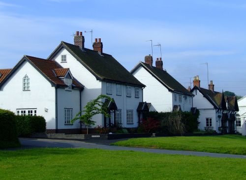 Houses in Bishop Burton