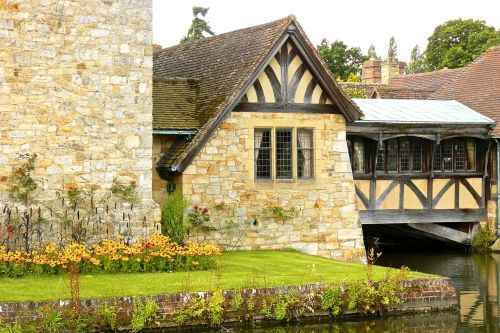 Hever Castle - side view