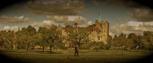 HeverCastle - walking man