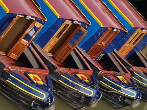 Cloned narrowboats, Lower Heyford, Oxon.