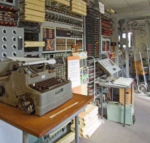 Colossus rebuild at Bletchley Park