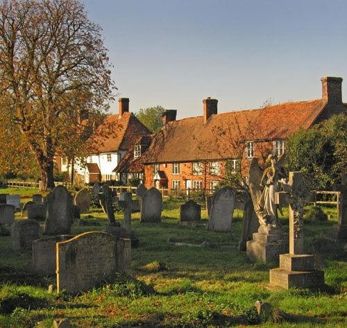 The chuchyard at Headcorn, Kent