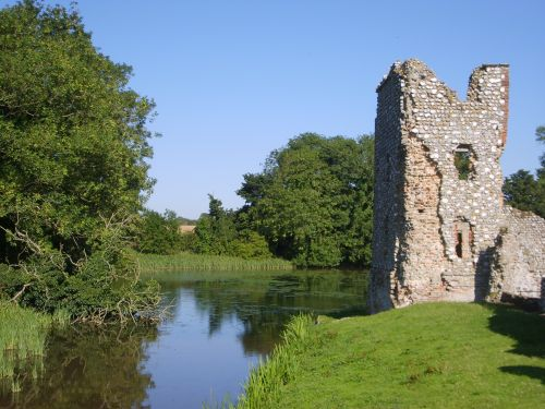 Baconsthorpe Castle Moat