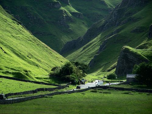 Winnat's Pass, Castleton