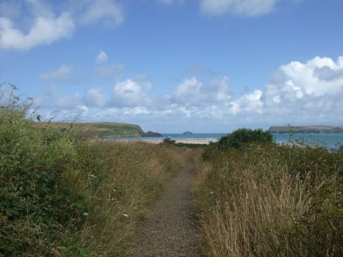 Approaching Hawkers Cove, near Padstow