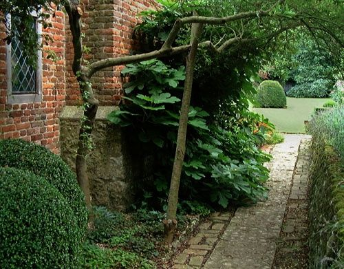 The garden at stoneacre otham kent by john ware at for Stone acre