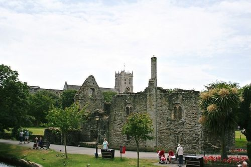 Christchurch Castle and Priory