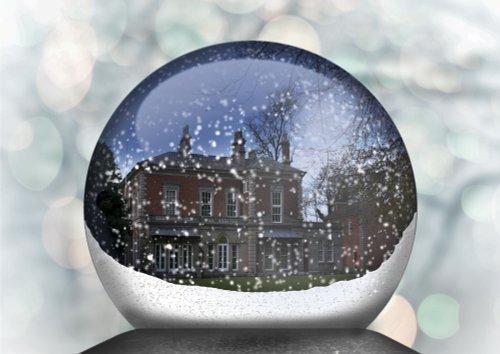 Frodsham Snowglobe