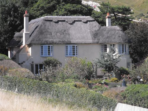 Beautiful thatched house in Lulworth