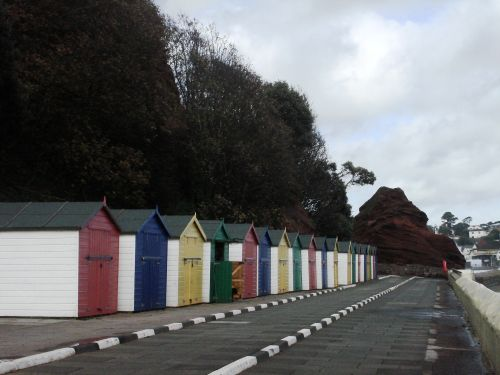 Colourful cabanas to Red Rock