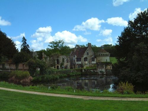 Scotney Castle May 2001