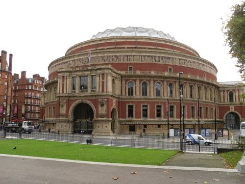 London, the Kensington park, the Albert Hall