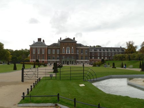London, the Kensington park, the Kensington palace