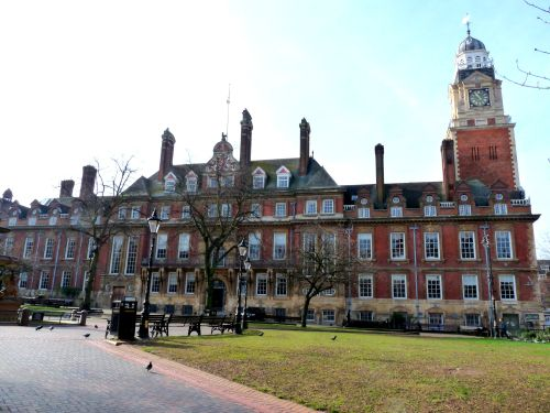 Leicester Town Hall Square