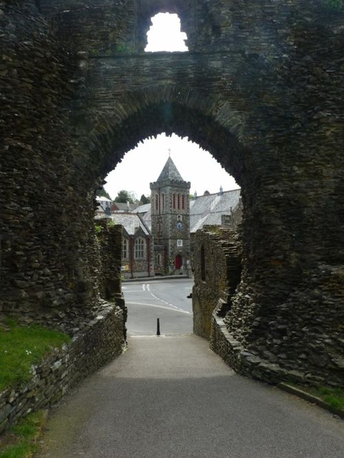Castle Gate and the Town Hall