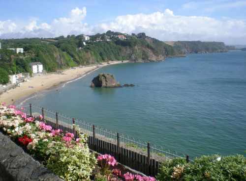 North Beach and Goscar Rock, Tenby