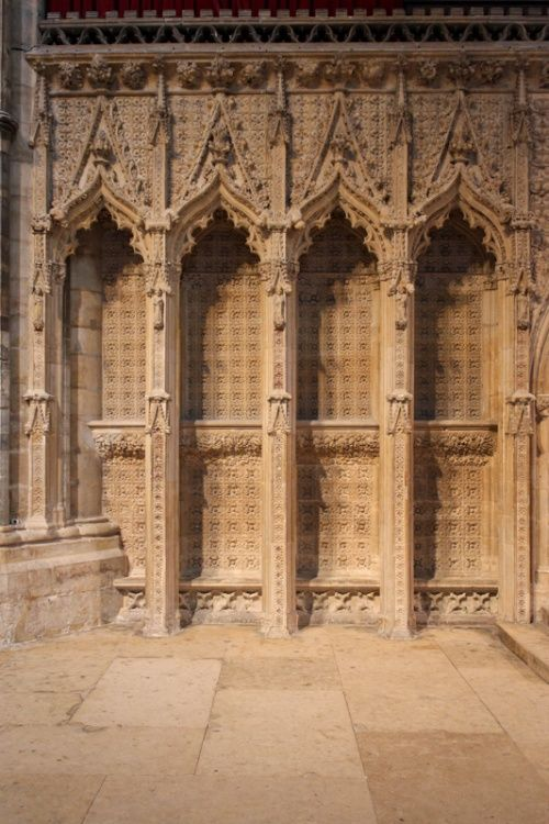 Lincoln Cathedral, sculptures in the stone.