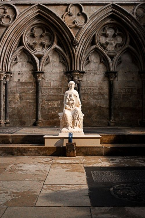 Lincoln Cathedral, the Blessed Virgin Mary