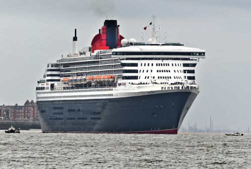 Queen Mary 2 departing Liverpool.