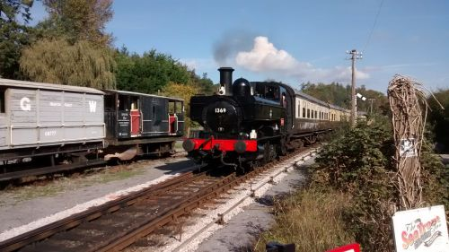 Steaming into Staverton