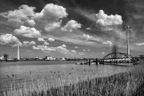 Cable Car North Greenwich in Mono