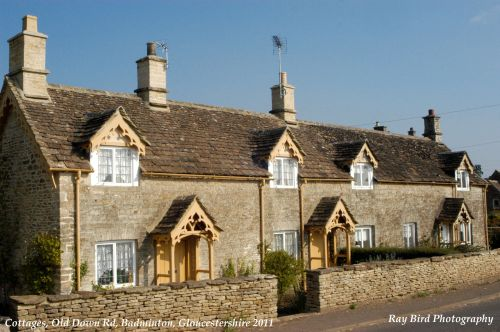 Row of 3 Cottages, Old Down Road, Badminton, Gloucestershire 2011