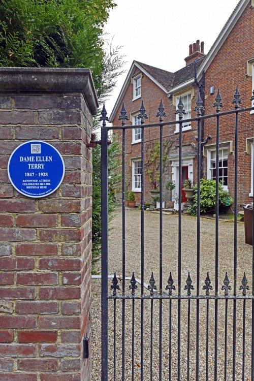 House in Wateringbury associated with Dame Ellen Terry