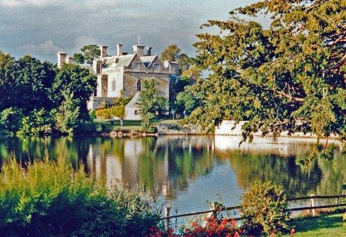 Beaulieu Palace House Grounds