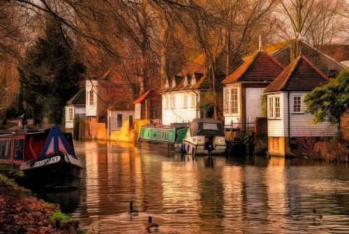 Waterfront Gazebos of Ware, Hertfordshire