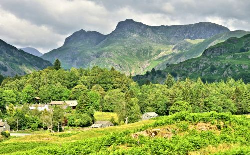 Elterwater Village & the Langdale Pikes in the Lake District