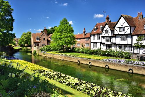 Westgate Gardens and Westgate Grove Across the Great Stour