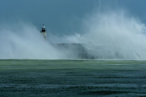 Storm Francis Battering the Lighthouse at Newhaven